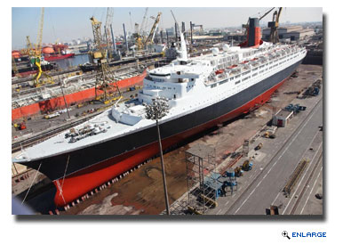 Shipyard for QE2 Conversion Selected